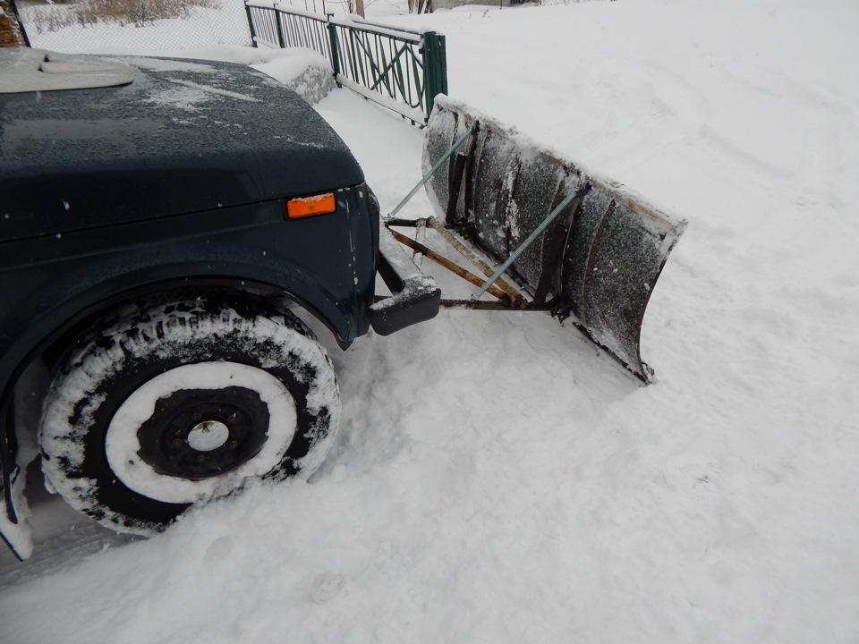 Снегоуборочный отвал на ниву